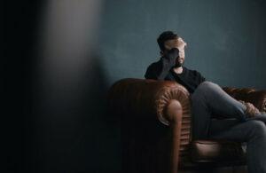 Dlaczego warto skorzystać z pomocy psychologa online